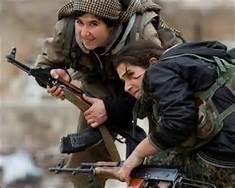 Donne combattenti curde