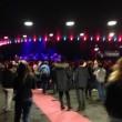 Eagles Death Metal tornano a Parigi 3 mesi dopo5