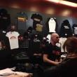 Eagles Death Metal tornano a Parigi 3 mesi dopo4