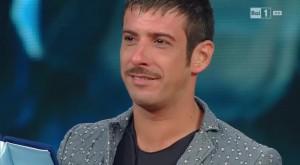 Guarda la versione ingrandita di Francesco Gabbani vince Sanremo Giovani con Amen FOTO