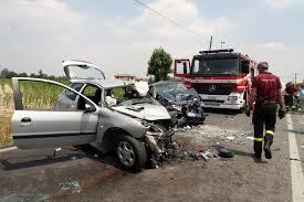 Guarda la versione ingrandita di Incidente stradale Urbino: morti due bambini