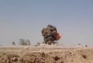 VIDEO YOUTUBE Kamikaze Isis contro un posto di blocco 01