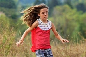 Kiera Larsen, eroina a 10 anni: muore salvando due amichette