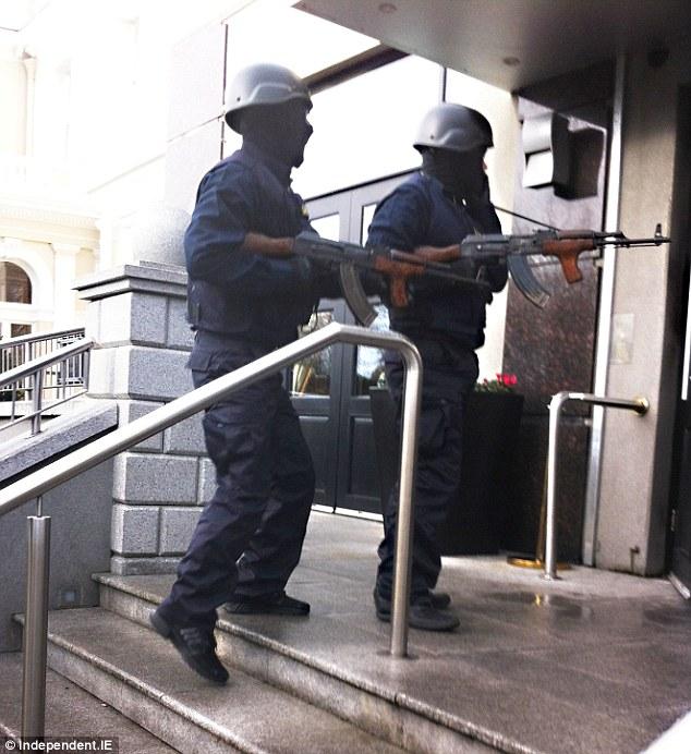 Agenti di Polizia sembravano killer erano, gangster morto