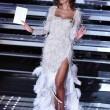 Sanremo 2016, Madalina Ghenea: meglio davanti o dietro? FOTO13