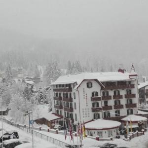 Maltempo, donna uccisa da lastrone neve a Limone Piemonte