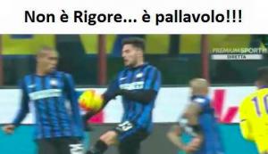 Guarda la versione ingrandita di Inter - Sampdoria, il fallo di mano di D'Ambrosio