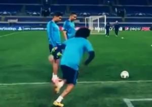 YOUTUBE Marcelo segna con l'esterno da dietro la porta