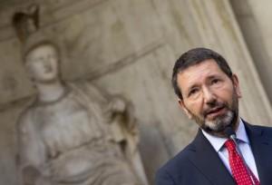 Roma: scontrini e Onlus, Marino rischia due processi
