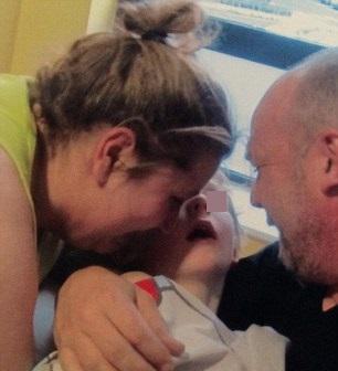 Meningite, bimbo muore in 24 ore: genitori lanciano petizione 02