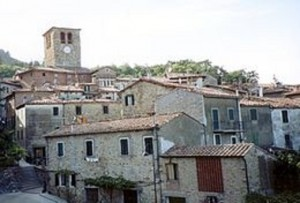 Montieri, case in vendita a 1 euro se...le ristrutturi
