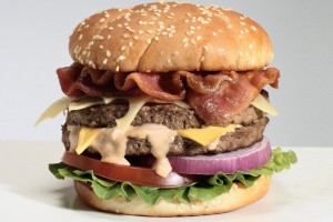 "Cambia nome in ""Double Cheesburger con Bacon"""
