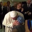 YOUTUBE Papa Francesco, ragazza malata cancro canta per lui 2