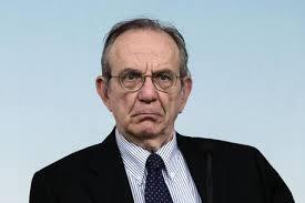 """Pensioni reversibilità, ministro Padoan: """"Nessun intervento"""""""