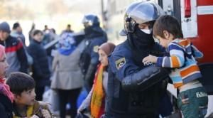 """Polizia Austria protesta: """"Siamo pochi"""", emergenza Friuli..."""