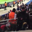 Psg-Chelsea: inglesi esultano, polizia li minaccia con spray al pepe