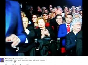 Guarda la versione ingrandita di Sanremo, Antonio Razzi tra il pubblico: twitter si scatena