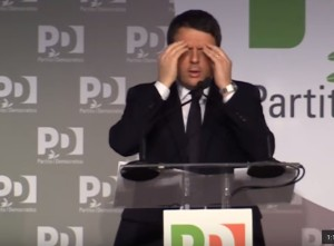 "YOUTUBE Renzi imita Taverna: ""Ahò ce fanno er complotto"""