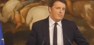 Renzi cita in latino, sbaglia e si autocorregge