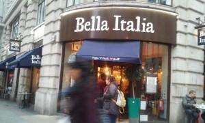 Guarda la versione ingrandita di Londra, donna in ostaggio in un ristorante italiano