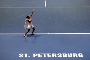 Tennis, Roberta Vinci in semifinale a San Pietroburgo. Babos ko