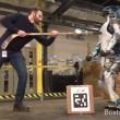 YOUTUBE Atlas, robot quasi umano: ecco come reagisce se... 4