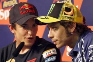 """Guarda la versione ingrandita di Valentino Rossi minaccia Marc Marquez: """"Non dimentico…"""""""
