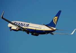 Governo alza le tasse sugli scali, Ryanair taglia 600 posti