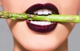 San Valentino. I 9 cibi afrodisiaci e quello no<br /> Mangiate fichi e zafferano ma evitate i broccoli