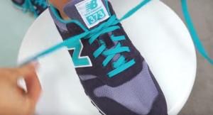 YOUTUBE Ecco come allacciarvi le scarpe in due secondi