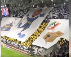 Juventus coreografia su Inter e scudetto di cartone