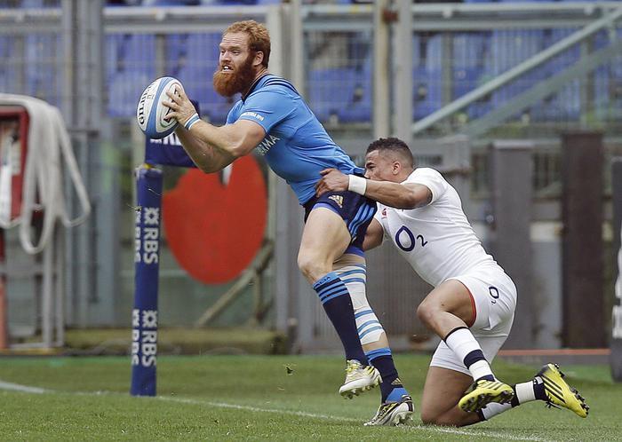 Rugby, fasi di gioco di Italia-Inghilterra (foto Ansa)