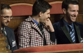 YOUTUBE Senato unioni civili tra baci gay, bimbi comprati…