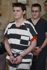 Serial Killer a 19 anni: uccisero genitori e 3 fratelli ma..3
