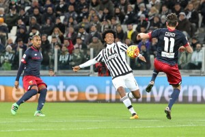 Guarda la versione ingrandita di Juventus – Genoa 1-0, pagelle-highlights: Cuadrado decisivo