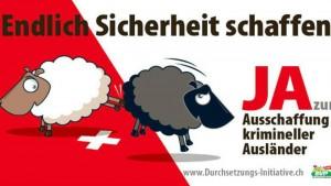 Svizzera, destra rilancia poster razzista contro stranieri
