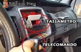 Tassisti Roma, ultimo trucco per truffare turisti <br /> Telecomando tarocca e fa volare il tassametro
