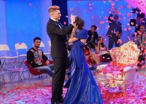 Guarda la versione ingrandita di Uomini e donne, Teresa e Salvatore: proposta di matrimonio