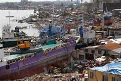 Le devastazioni del tifone Haiyan