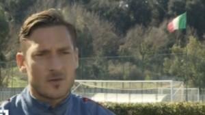 Guarda la versione ingrandita di Totti, l'intervista alla Rai