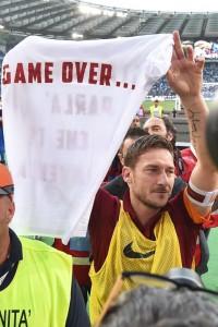 Totti distrae il campionato, Napoli fallisce sorpasso