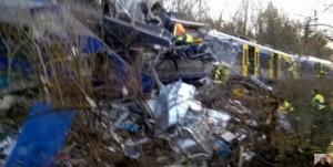 Germania, scontro tra treni: morti e feriti in Baviera6