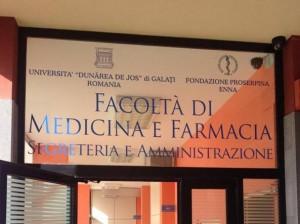 Università romena di medicina ad Enna regolare per i giudici