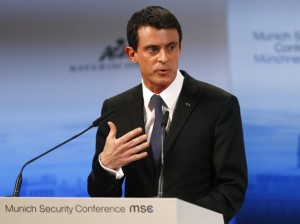 Guarda la versione ingrandita di Manuel Valls (Ap)