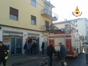 Vicenza, bambina si chiude per gioco in cassaforte in banca