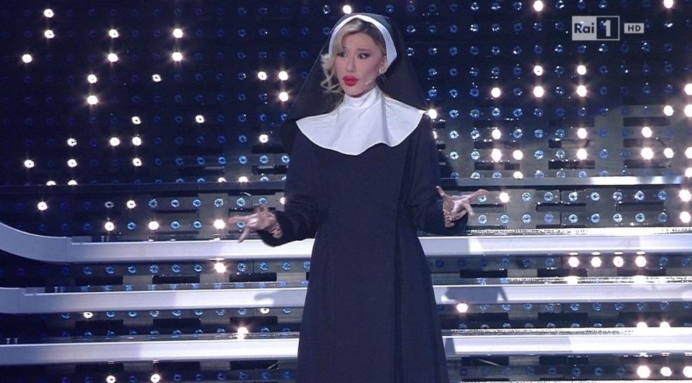 Sanremo 2016. Virginia Raffaele regina: è nata una stella...