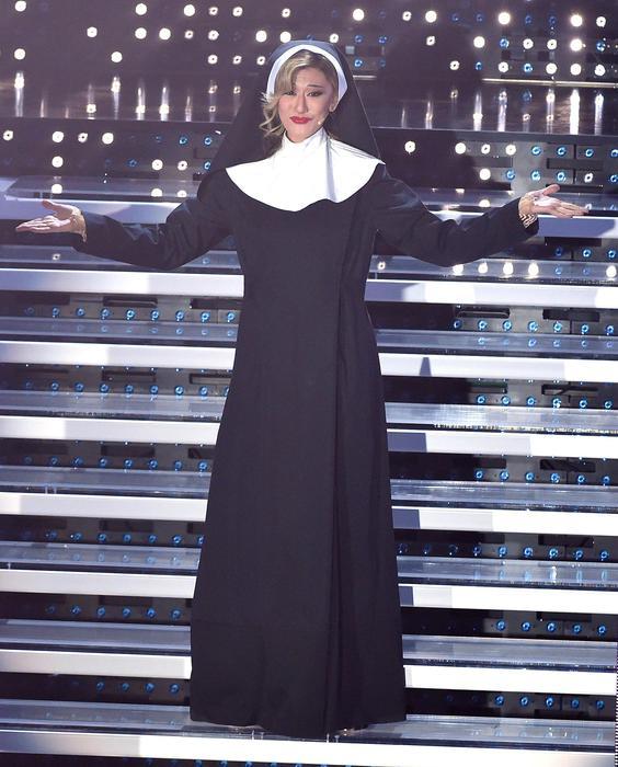 Sanremo 2016, Virginia Raffaele in finale è...sé stessa17