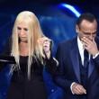 YOUTUBE Virginia Raffaele - Donatella Versace perde orecchio4