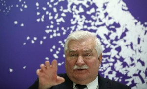 https://www.washingtonpost.com/world/europe/official-documents-show-walesa-collaborated-with-regime/2016/02/18/e10f927c-d624-11e5-a65b-587e721fb231_story.html