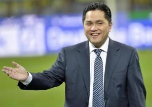 Guarda la versione ingrandita di Calciomercato, Thohir, nella foto Ansa, sogna de Boer sulla panchina dell'Inter